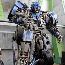 Universal Studios Singapore - «Космический город» (Sci-Fi City)