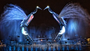 Световое шоу «Танец журавлей» на острове Сентоза, Сингапур (Crane Dance)