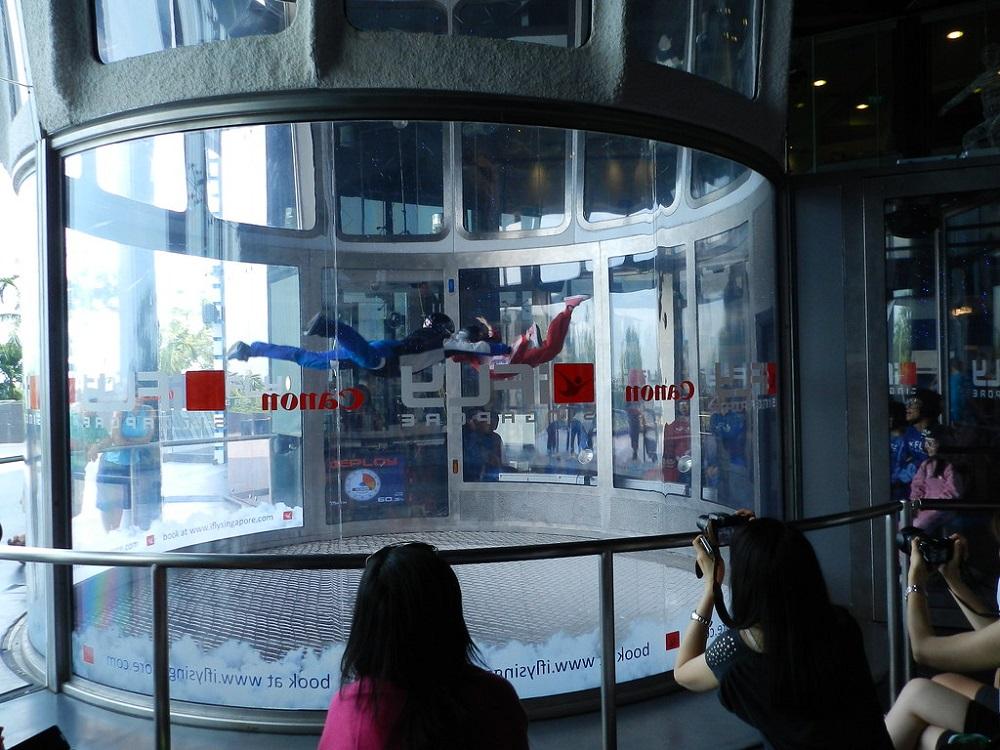 Полет в аэротрубе Ай Флай (iFly Singapore)